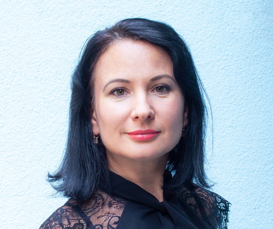 Курбацька Ірина – викладач української мови та літератури