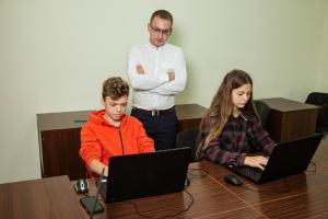 Мінькович Богдан – вікладач математики та інформатики