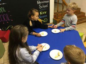 Вивчаємо крохмаль та його властивості